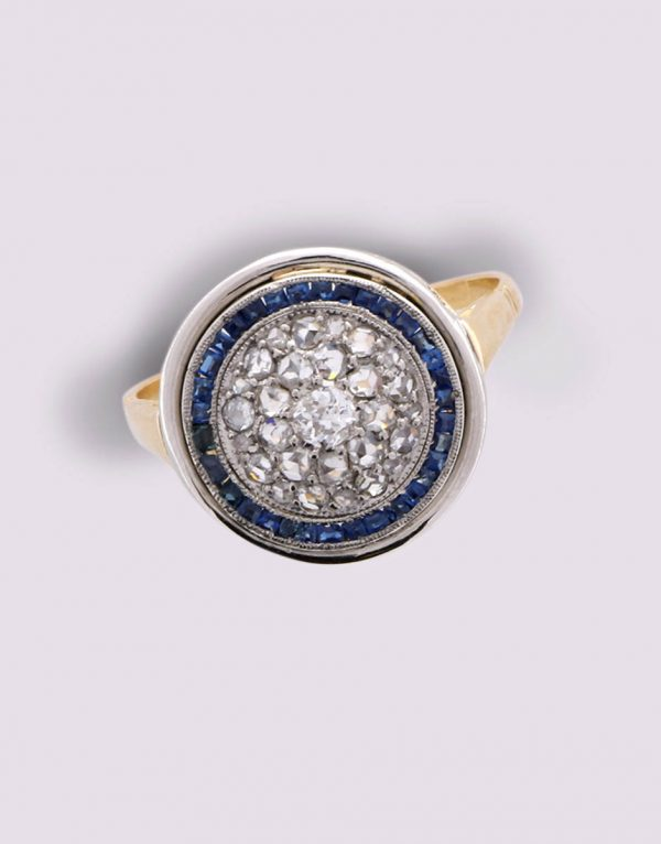 Yellow gold and platinum ring with rose cut diamonds and sapphires
