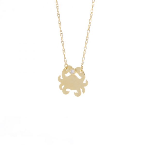 yellow gold crab pendant